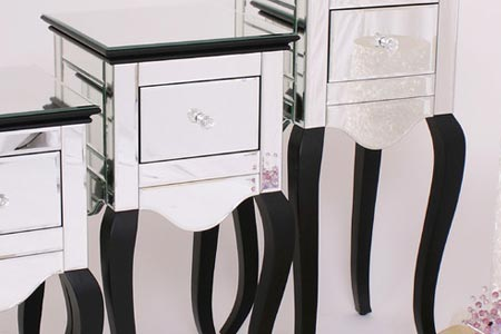 Chic Mirrored Bedside Table