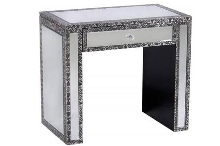 Chaandhi Kar Mirrored Side Table